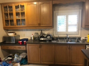 Oak wood kitchen for sale! In good condition at throw away price