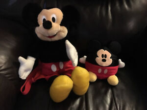 Lot de 2 toutous Mickey