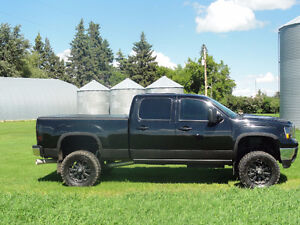 2013 GMC Sierra 2500 Custom Pickup Truck