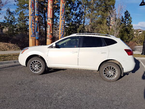 2009 Nissan Rogue White SUV, Crossover