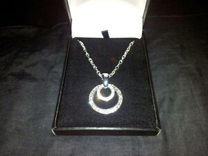 Beautiful Circle of Life designer necklace $1225.00 value London Ontario image 2