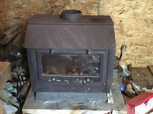 Side load wood stove