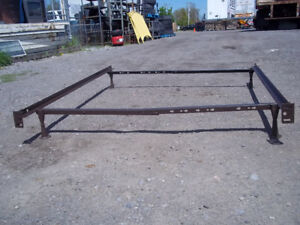 METAL BED FRAME ( QUEEN ) or SMALLER