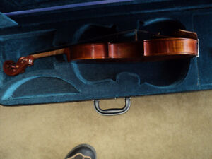 VIOLIN 4/4 FULL SIZE CARVED INLAY SOLID SPRUCE TOP ,MAPLE SIDES London Ontario image 4