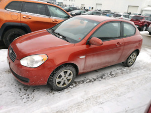 2009 Hyundai Accent (5 Speed) 125,000kms