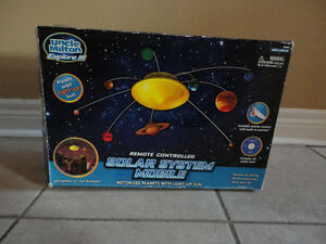 Solar system educational model toy kit London Ontario image 3