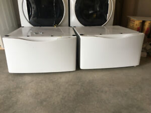 Washer and Dryer Pedestals  (set)
