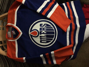 Xxl Oilers jersey Canadian made!