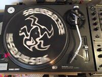 Technics SL1210 MK2 Pioneer DJM600