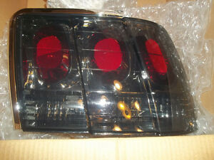 1999-2004 MUSTANG HEAD/TAIL LIGHTS
