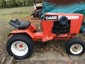 1984 Case 222 garden tractor and J40 attachments.  2 Ropers