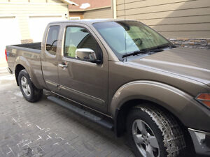 2006 Nissan Frontier LE 4x4 King cab truck
