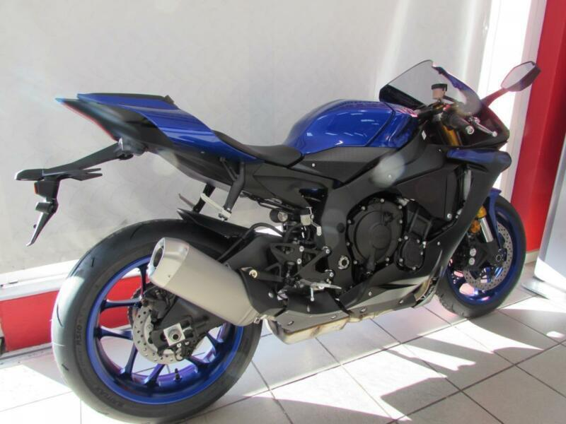 Yamaha Yzf R1 2019 Model Free Akrapovic Exhaust Can Call For Best Uk Price In Wigan Manchester Gumtree