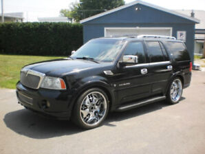 ((WOW)) LINCOLN NAVIGATOR + CUIR + V8 + 4x4 + TOIT OUVRANT