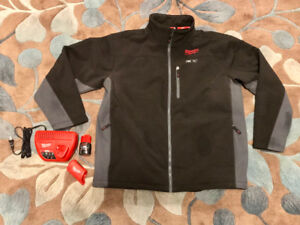 Milwaukee M12 Heated Jacket Kit XL (Charger, Battery & Holster)