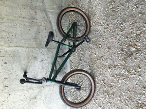 Like new GT bmx bike