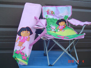 "FOLDING JUNIOR ""DORA THE EXPLORER"" QUAD INDOOR/OUTDOOR ARMCHAIR"