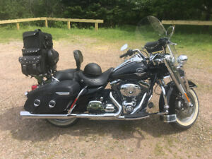 Road King Classic -Excellent Condition