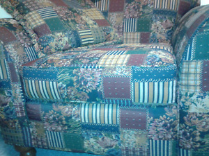 Love seat and chair in mind mint condition