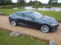 2015 / 15 Tesla Model S E CVT 60 KWH