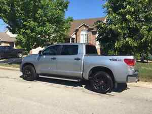 2013 Toyota Tundra SR5 CREWMAX with TRD OFFROAD PACKAGE