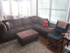 SECTIONAL SOFA/CHAISE/OTTOMAN