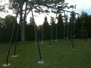 Swing Set-Light Commercial Almost 10ft Swing Beam Sarnia Sarnia Area image 1