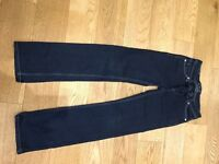 3 pairs of girls Levi jeans