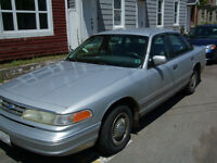 1996 Crown Vic for parts