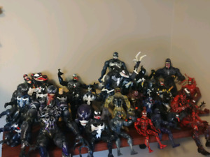 Looking for venom and related figs and statues