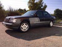 MERCEDES W124 CLASSIC MERC!*On classic insurance* 950 ONO