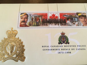 Royal Canadian Mounted Police - Canadian 1998 Stamp Pair