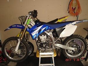 2009 YZ450F (MINT CONDITION LOW HOURS
