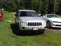 2005 Jeep Grand Cherokee Laredo SUV, Crossover