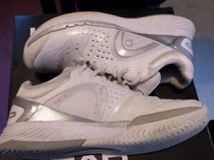 Head Sprint Pro Tennis Shoes - Women's Size 7.5 - Lightly Used