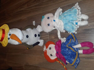 Stuffed Toys/Dolls