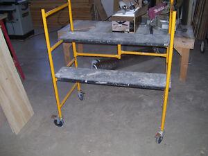 steel folding scaffold work