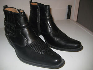 WESTERN ANKLE BOOT / SHOE