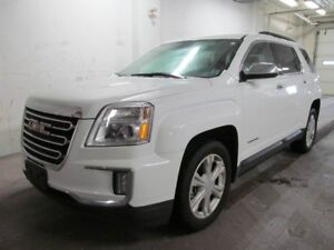 2017 GMC TERRAIN SLE - Sunroof, Heated Seats, Remote Start and m