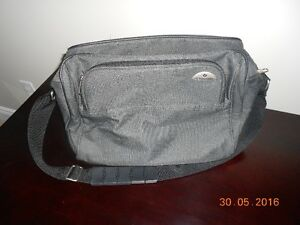 Carry-On Travel Bag Kingston Kingston Area image 1