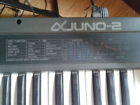 Synth Roland Juno-2 analog vintage
