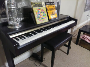 Yamaha Electric Piano & Bench + Free Delivery