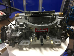 edelbrock 800 Avs thunder series carburetor