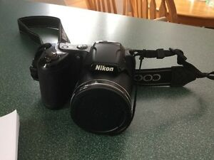 Nikon Coolpix L320 **LIKE NEW**