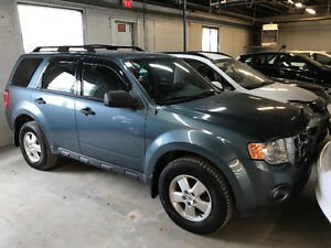 2010 Ford Escape XLT 4x4- FINANCE $ 0 COMPTANT & $89 SEMAINE