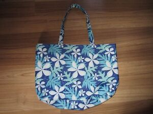 WOMEN'S TOTE BAGS - $2.00 EACH
