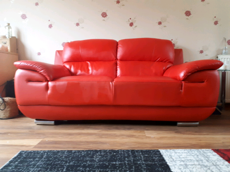 Magnificent 2 Seater Leather Sofa In Glenrothes Fife Gumtree Pabps2019 Chair Design Images Pabps2019Com