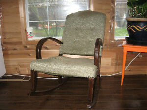 Antique / Vintage Rocking Chair