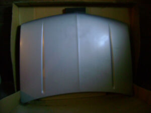 88-98 CHEVY / GMC TRUCK HOOD FOR SALE