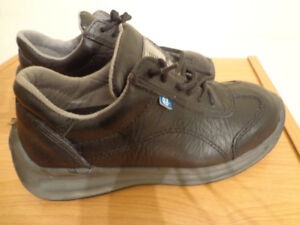 LEMAITRE SECURITE SPORTY SAFETY SHOES NEW Size 7 $40
